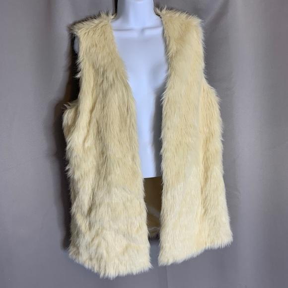 Nordstrom Jackets & Blazers - Faux Fur Vest